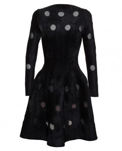 Zwarte jurk met klokrok