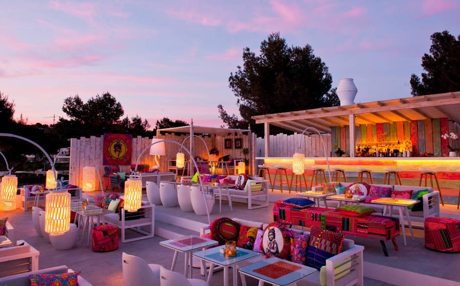 Lieke tipt haar 10 lievelingsrestaurants op ibiza enfait - Dakterras restaurant ...