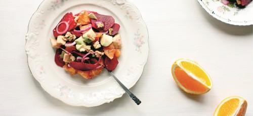 Deze salade maak je voor toch nog dat beetje zomerse gevoel