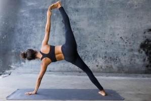 Aan alle (nog) niet yogi's: dit is hoe yoga mijn leven verande...