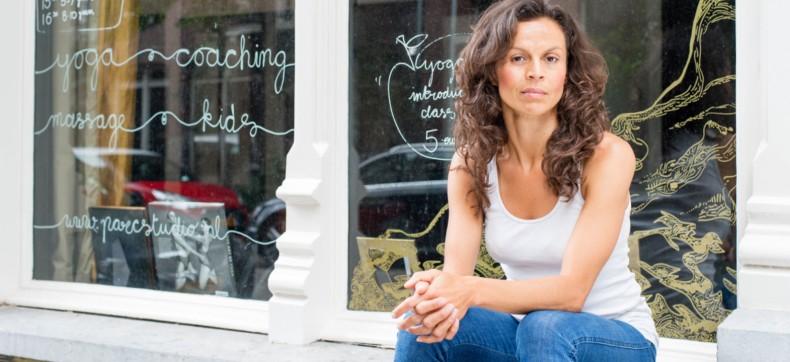 Interview: Enfait praat over yoga met Regina Potma van PARC st...