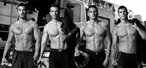 Oh là là: met deze sexy brandweermannen wil jij wel een besc...