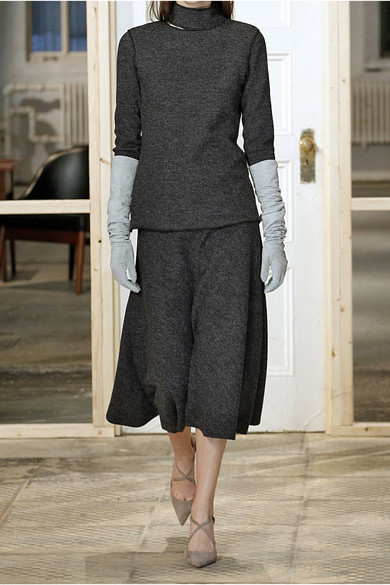 www.net-a-porter.comnlenproduct604845Protagonistcutout-wool-turtleneck-sweater