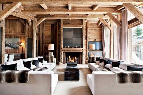 Berg chalet houten woonkamer u stockfoto ilfede