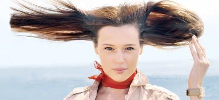 8 manieren waarop jij per ongeluk je haar beschadigd