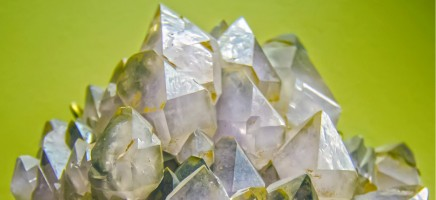 5 edelstenen die gunstig zijn op de werkvloer