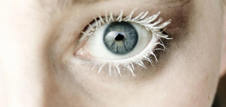 Door deze truc lijken je ogen stralender en jonger