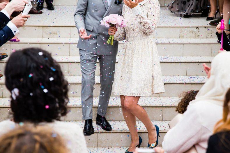 De mooiste bruidsmeisjes jurken die geen fortuin kosten