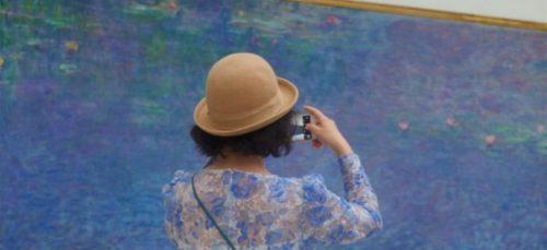 Fotograaf spendeert uren in het museum voor het juiste plaatje