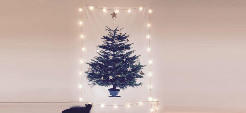 Wie zegt dat een kerstboom uitgesloten is als je huisdieren he...