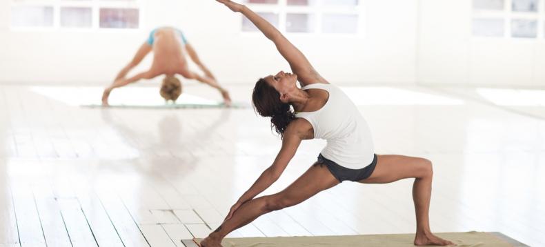Dit is waarom yoga vriendinnen de beste zijn