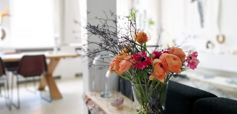 Drie voorjaarsbloemen en hun symbolische betekenis