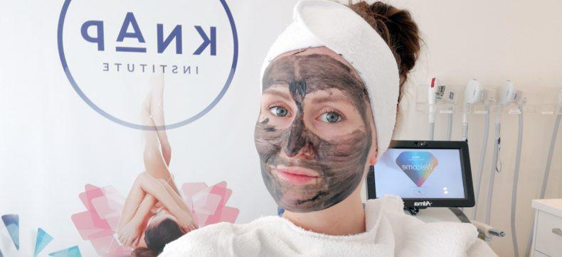 Waarom is een Carbon Laser Peel dé nieuwste beauty trend? Ann...