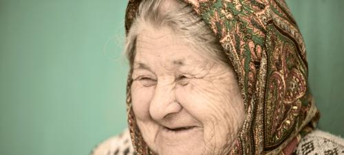 Volgens deze oude vrouw moet je single blijven en dit is waarom