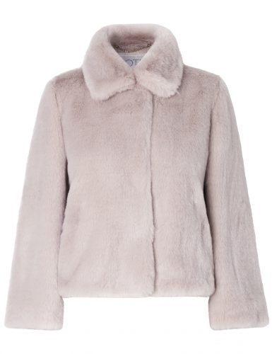 Roze faux fur coat €325
