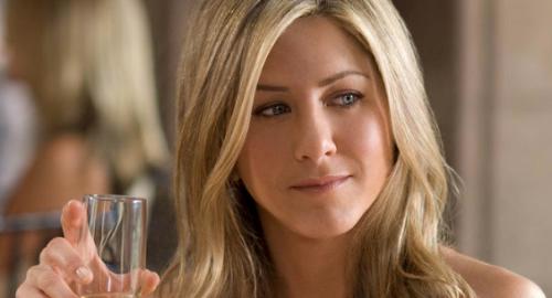 Jennifer Aniston spreekt over vrouwen die kinderloos zijn en a...