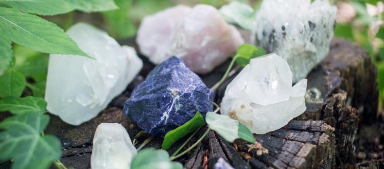 Wat als edelstenen of kristallen breken & wat doe je dan?