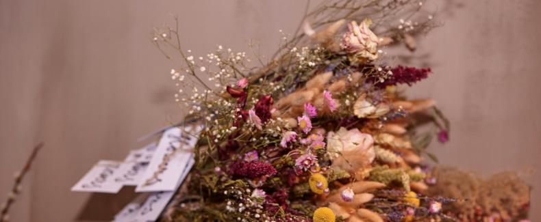 Ruelle Sous Marin: bloemen en koffie hartje Amsterdam
