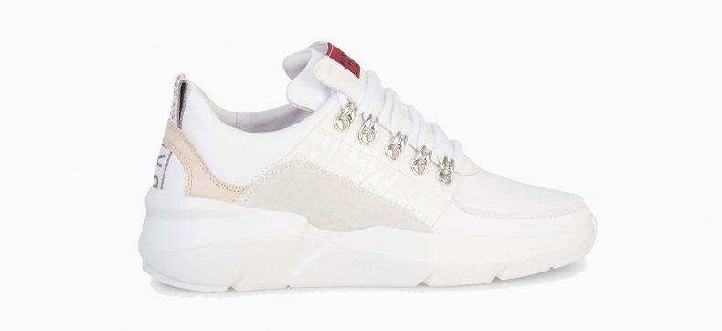 Zo houd je witte sneakers wit deze zomer