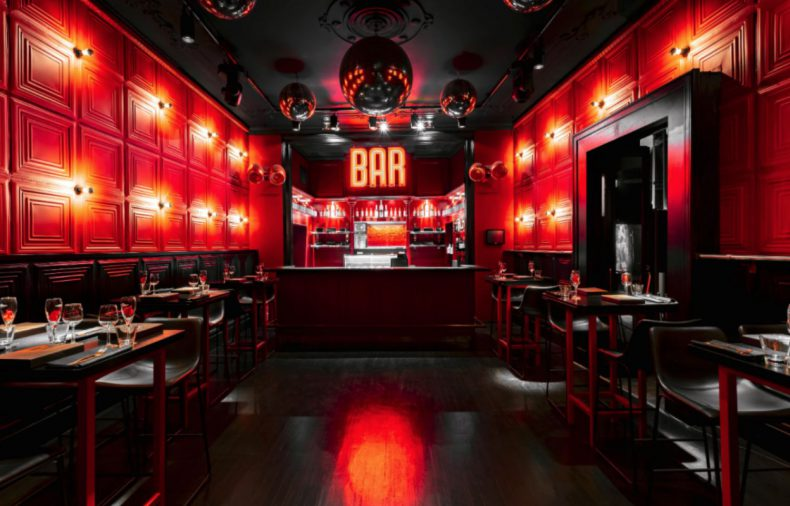 Een Parijse Tête-à-Tête bij Bar Rouge in Amsteram